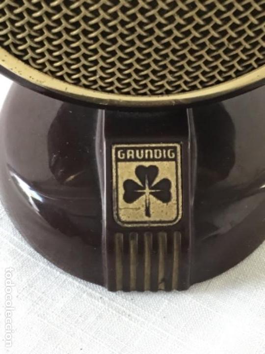 Radios antiguas: MICRÓFONO DE BAQUELITA GRUNDIG 1940'S. VER FOTOS ANEXAS. - Foto 2 - 133285818