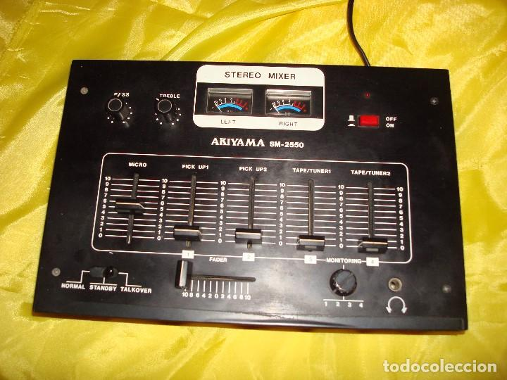 MESA DE MEZCLAS AKIYAMA SM 2550. FUNCIONA (Radios, Gramófonos, Grabadoras y Otros - Amplificadores y Micrófonos de Válvulas)
