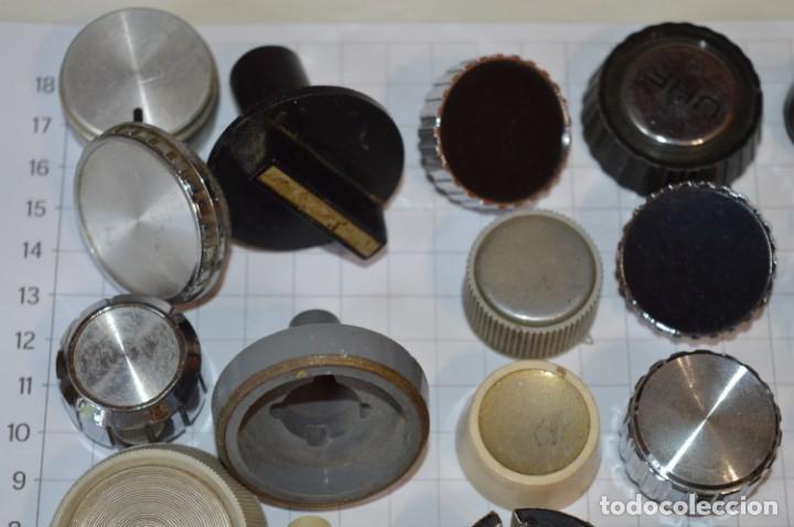 Radios antiguas: Lote BOTONES / BOTONERAS - Para RADIOS y EQUIPOS ANTIGUOS - Repuestos variados - ¡Mira! / Lote 01 - Foto 2 - 119564603