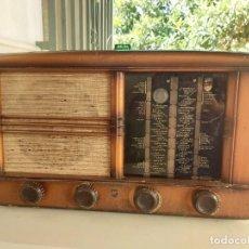 Rádios antigos: ANTIGUA RADIO MUY GRANDE VALVULAS CLARION USA RADIOS. Lote 210590316