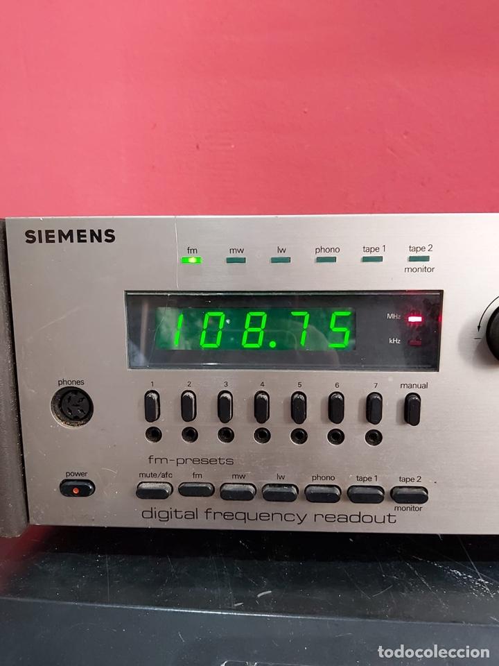 Radios antiguas: AMPLIFICADOR-SINTONIZADOR SIEMENS RS 555 ....MUY RARO . Funciona. Ver el peso y las medidas en fotos - Foto 5 - 219917508