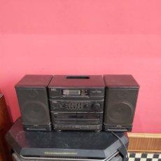 Rádios antigos: RADIOCASETE AIWA ANTIGUA FUNCIONA.. Lote 220467121