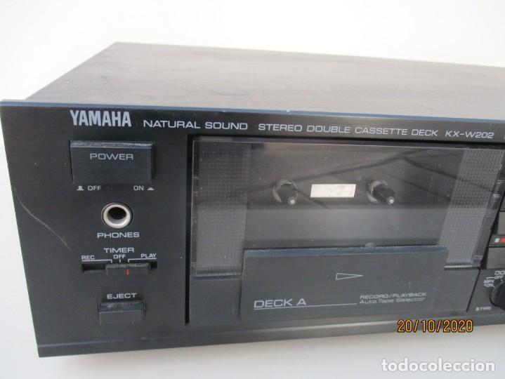 Radios antiguas: Yamaha doble pletina modelo: KXV-202 necesita gomas nuevas y limpieza de zona de poleas - Foto 2 - 221687976