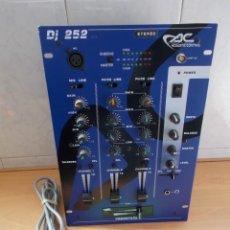 Radios antiguas: ENVIO: 6€ MESA DE MEZCLAS MEZCLADOR MIXER ACOUSTIC CONTROL DJ 252 STEREO MAGNIFICA Y FUNCIONANDO. Lote 222608948