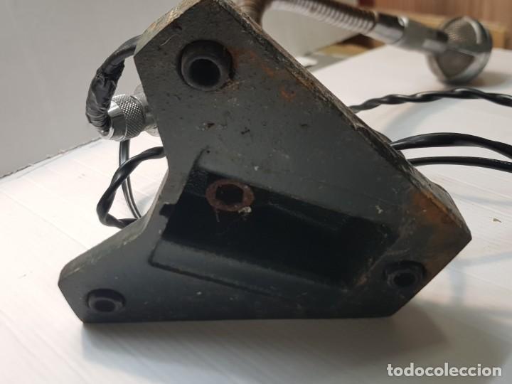 Radios antiguas: Microfono antiguo de Mesa Bouver totalmente metálico muy difícil - Foto 7 - 231034395