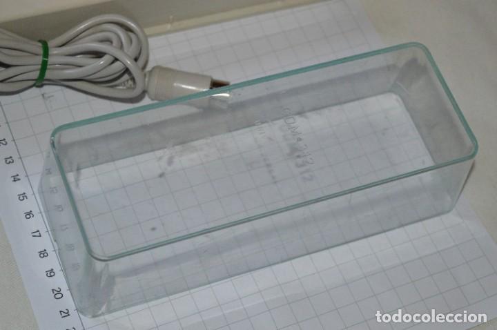Radios antiguas: Antiguo MICRÓFONO Grundig GDM 312 Universal / Muy buen estado físico y con su caja ¡Mira, funciona! - Foto 10 - 274418538