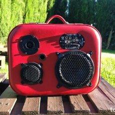 Radios antiguas: MALETA MUSICAL VINTAGE 75 WATIOS. Lote 275866103