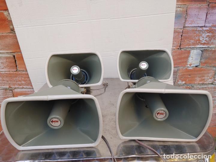 LOTE 4 ALTAVOCES EXPONENCIALES CON DIFUSOR FONESTAR RE-116 8 A 25 W. (Radios, Gramófonos, Grabadoras y Otros - Amplificadores y Micrófonos de Válvulas)