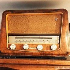 Radios antiguas: FUNCIONA SAICA 303. Lote 295413613