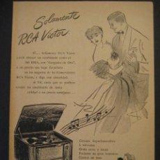 Radios antiguas: ANTIGUA PUBLICIDAD ANUNCIO RADIO TOCADISCOS, RCA VICTOR ARGENTINA. DE LOS AÑOS 50. Lote 16873120