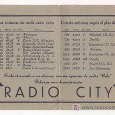 Radios antiguas: ANTIGUO FOLLETO DESPLEGABLE RADIO CITY CON PRINCIPALES EMISORAS ONDA EXTRA CORTA Y PLAN DE LUCENA. Lote 25379787