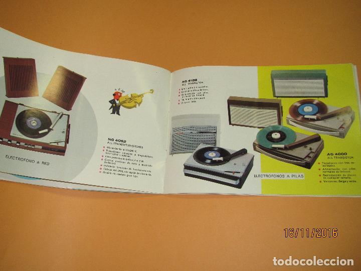 Radios antiguas: Antiguo Catálogo General PHILIPS Año 1967 Radios Tocadiscos Equipos de Música Televisores Juguetes - Foto 6 - 67064166