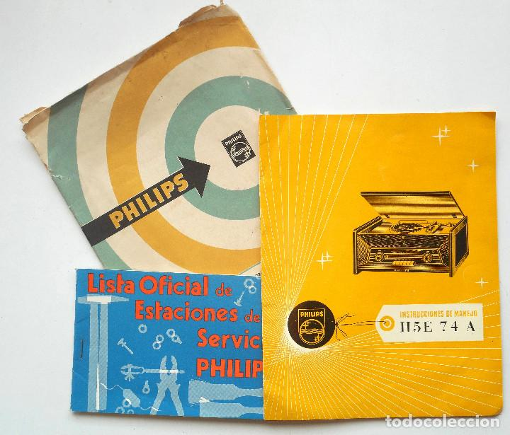 CATÁLOGO INSTRUCCIONES DEL TOCADISCO RADIO PHILIPS H5E 74ª + LISTA ESTACIONES SERVICIO (Radios, Gramófonos, Grabadoras y Otros - Catálogos, Publicidad y Libros de Radio)