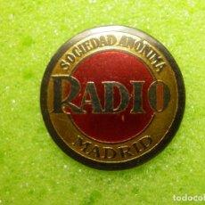 Radios antiguas: EMBLEMA O FICHA - RADIO MADRID SOCIEDAD ANÓNIMA - EN LATÓN - TAMAÑO DE UNA MONEDA DE EURO -. Lote 106052967