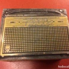 Radios antiguas: RARO CLIXÉ O TAMPON DE IMPRENTA AÑOS 60 PARA PUBLICIDAD DE RADIO. IDEAL PARA COLECCIONISTAS.... Lote 142953990