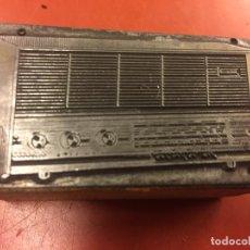 Radios antiguas: RARO CLIXÉ O TAMPON DE IMPRENTA AÑOS 60 PARA PUBLICIDAD DE RADIO. IDEAL PARA COLECCIONISTAS.... Lote 142954114