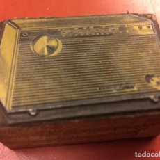 Radios antiguas: RARO CLIXÉ O TAMPON DE IMPRENTA AÑOS 60 PARA PUBLICIDAD DE RADIO. IDEAL PARA COLECCIONISTAS.... Lote 142957350