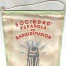 Radios antiguas: RADIO BILBAO S.E.R. SOCIEDAD ESPAÑOLA DE RADIODIFUSION ANTIGUO BANDERIN BE. Lote 164700230