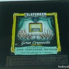 Radios antiguas: CRISTAL PUBLCIDAD MALAGA PARA PROYECTAR DESCANSOS CINES, TELEFUNKEN MODELO GRAN ORQUESTA , AÑOS 50, . Lote 169830856