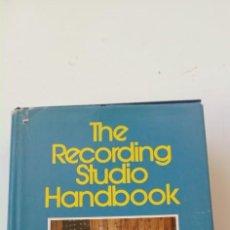 Radios antiguas: THE RECORDING STUDIO HANDBOOK. JOHN WORAM. Lote 235734710