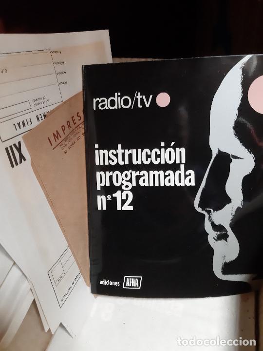 Radios antiguas: AFHA LOTE CURSO DE ELECTRONICA RADIO Y TV DEL AÑO 1965, TOMOS 8 Y 12, CON KITS, PLANOS Y UN EXAMEN - Foto 4 - 243579250