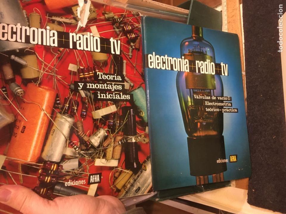 Radios antiguas: 16 libros publicaciones electronia, radio tv , diccionario de electronica. ver fotos - Foto 4 - 243685470