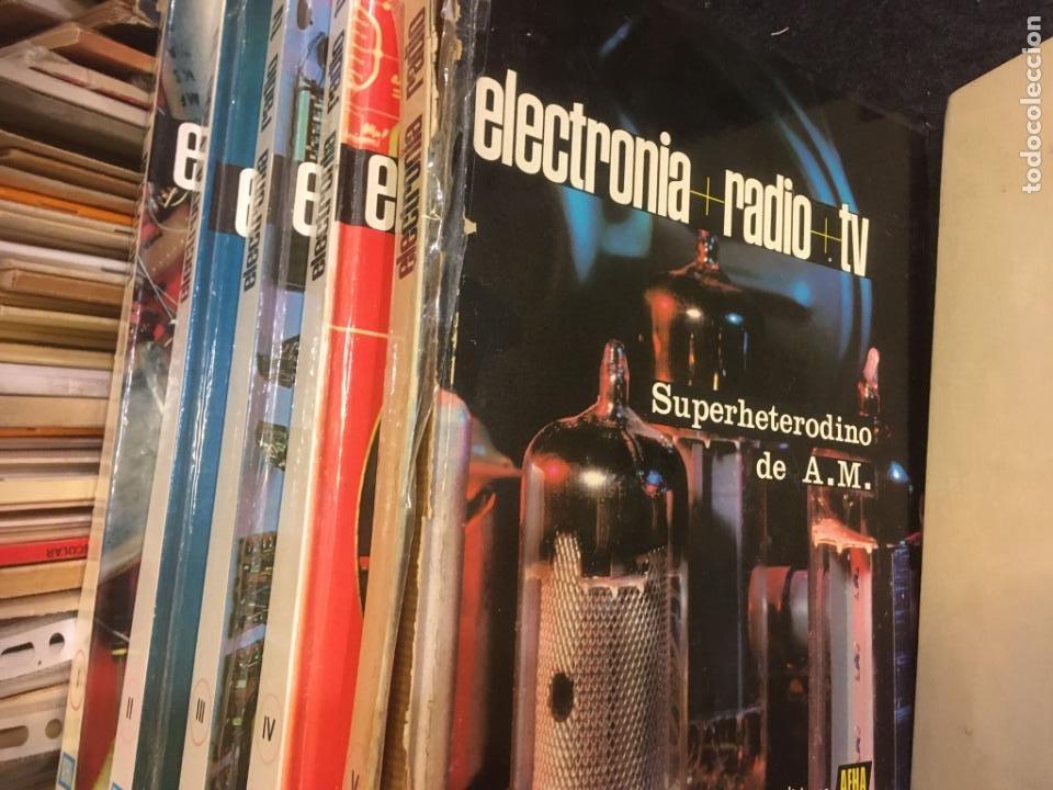 Radios antiguas: 16 libros publicaciones electronia, radio tv , diccionario de electronica. ver fotos - Foto 6 - 243685470