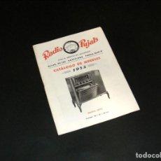Radios antiguas: RADIO PUJALS - CATÁLOGO DE MUEBLES (1952) - BUEN ESTADO - VER FOTOS.. Lote 251198960