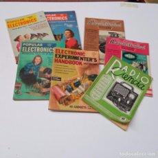 Radios antiguas: RADIO LOTE REVISTAS AÑOS 50. Lote 266316508