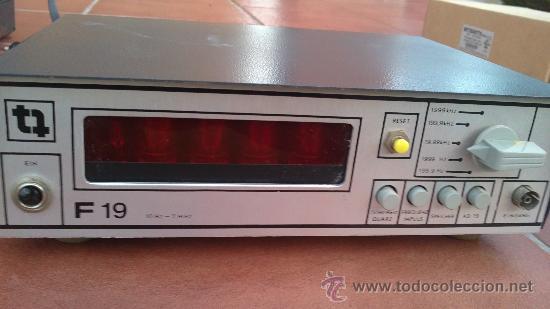 Radios antiguas: -TRANSMISIONES-MEDIDOR(GENERADOR) DE FRECUENCIAS DE RADIO.MODELO:F 19- - Foto 2 - 33960033
