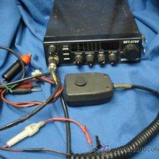 Radios antiguas: EMISORA BRIGMTON DE 27 MHZ MDLO. BET - 2700 - AM / FM - 40 CANALES. Lote 35317955