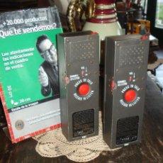 Radios antiguas: ÚNICO Y MUY RETRO WALKIE TALKIE RME 4303 MANUFACTURING ENGINEERS MODEL POCKET SIZED 100MW. Lote 44211305