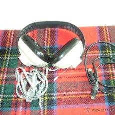 Radios antiguas: ANTIGUOS AURICULARES Ó CASCOS MARCA REIVOX. AÑOS 70. Lote 51560833