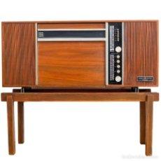 Radios antiguas: MUEBLE RADIO TOCADISCO. Lote 103451399