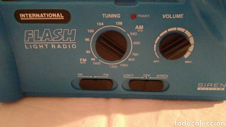 Radios antiguas: RADIO AM/FM CON LINTERNA, SIRENA, LUZ PARPADEANTE, MARCA INTERNATIONAL - Foto 7 - 111461432