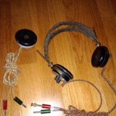 Radios antiguas: RAROS AURICULARES, CASCOS, Y MICROFONO ANTIGUO DE CENTRALITA O RADIO CASA BRUNET PARIS. Lote 114802812