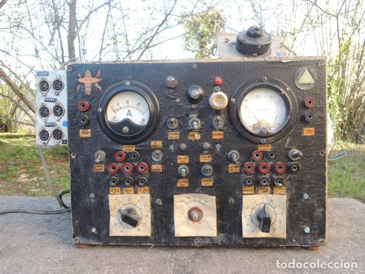 Radios antiguas: RADIO AMPLIFICADOR RARO DE LA MARCA LUBAES CON VÁLVULAS - Foto 2 - 127970086