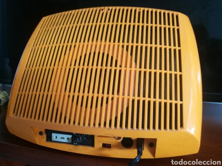 Radios antiguas: Precioso televisor portátil INTER 1970 - Foto 5 - 124215983