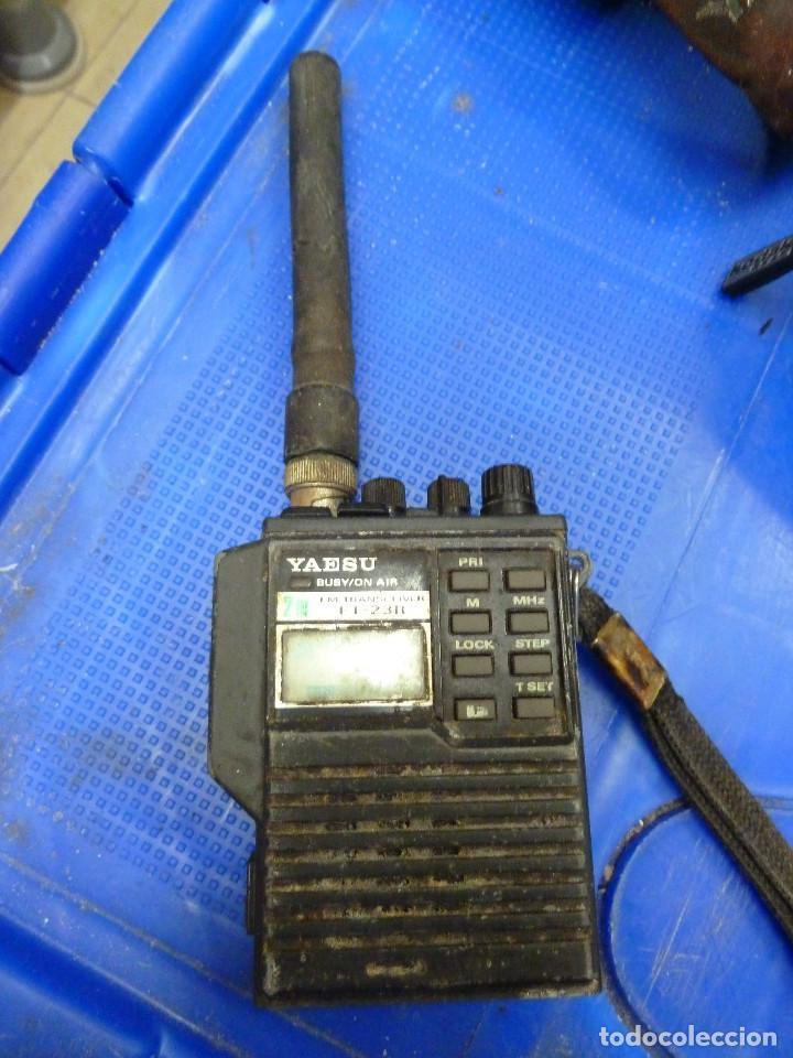 WALKIE TALKIE DE RADIOAFICIONADO YAESU FT-23R segunda mano