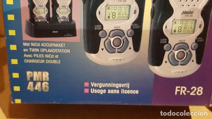 Radios antiguas: PAREJA DE WALKIES / FAMILY RADIO TWIN SET / ALECTO - FR 28 / COMPLETO Y NUEVO / SIN COMPROBAR. - Foto 4 - 139444138