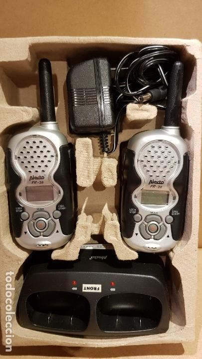 Radios antiguas: PAREJA DE WALKIES / FAMILY RADIO TWIN SET / ALECTO - FR 28 / COMPLETO Y NUEVO / SIN COMPROBAR. - Foto 6 - 139444138