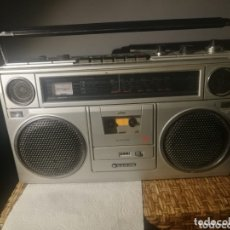 Radios Anciennes: RADIO CASSETTE SANYO AUTOMATIC LEVEL RECORDING VINTAGE. Lote 172811242