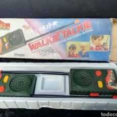 Rádios antigos: WALKIE TALKIE DE RAMBO. Lote 184546946