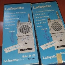 Radios antiguas: PAREJA DE WALKIE TALKIE, LAFAYETTE MODEL HA - 73B. Lote 187518167