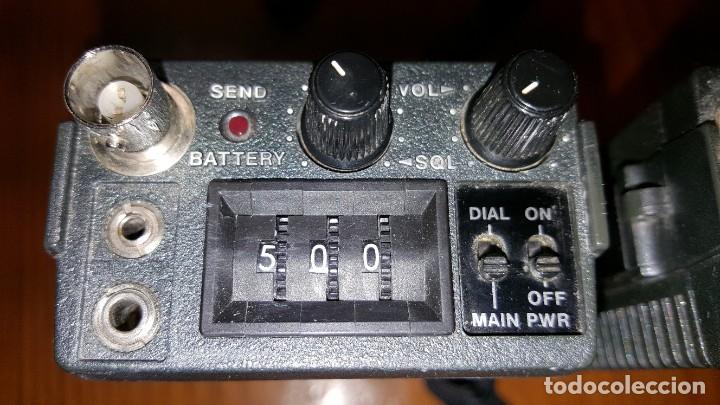 Radios antiguas: EXCELENTE Y RARA PAREJA DE WALKIE TALKIE ICOM IC-2N EN SUS FUNDAS. FUNCIONAN. LEER DESCRIPCIÓN. - Foto 19 - 188509236