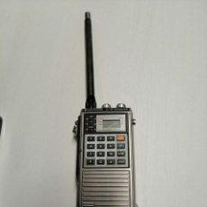 Radios antiguas: EMISORA DE RADIOAFICIONADO KENWOOD 2M FM TRANSCEIVER TR-2500 BATERIAS NUEVAS AÑOS 80. Lote 189593678