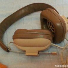 Radios antiguas: AURICULARES VINTAGE. MARCA REIVOX. AÑOS 60-70.. Lote 195094386