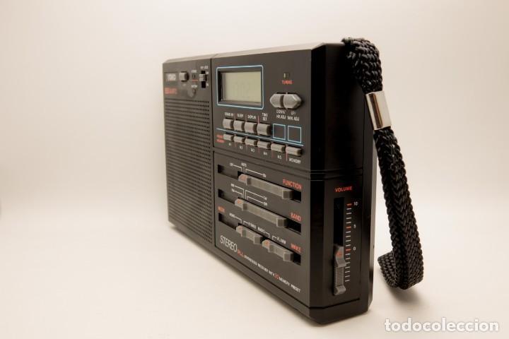 Radios antiguas: RADIO MULTIBANDAS VINTAGE DE 1990 - Foto 3 - 214812593