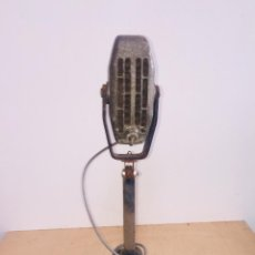 Radios antiguas: MICROFONO LEM CON PIE ORIGINAL RADIO AÑOS 50. Lote 222804765
