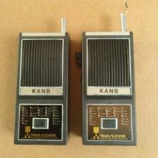 Radio antiche: ELECTRONICA, REDIOAFICIONADOS, PAREJA TALKIE WALKIE - TRANS CEIVER KANB - NO SE SI FUNCIONAN. Lote 231094240
